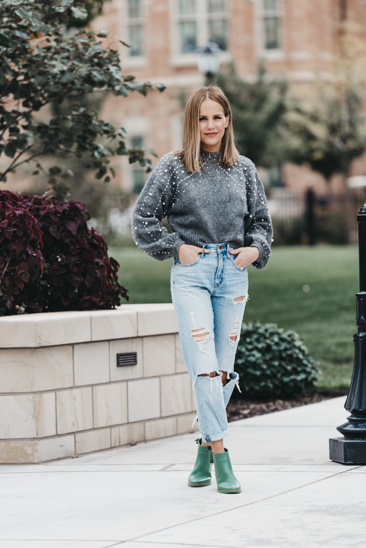 d8bb3e58b0 zara-pearl-grey-wool-sweater-boyfriend-jeans-affordable-style ...