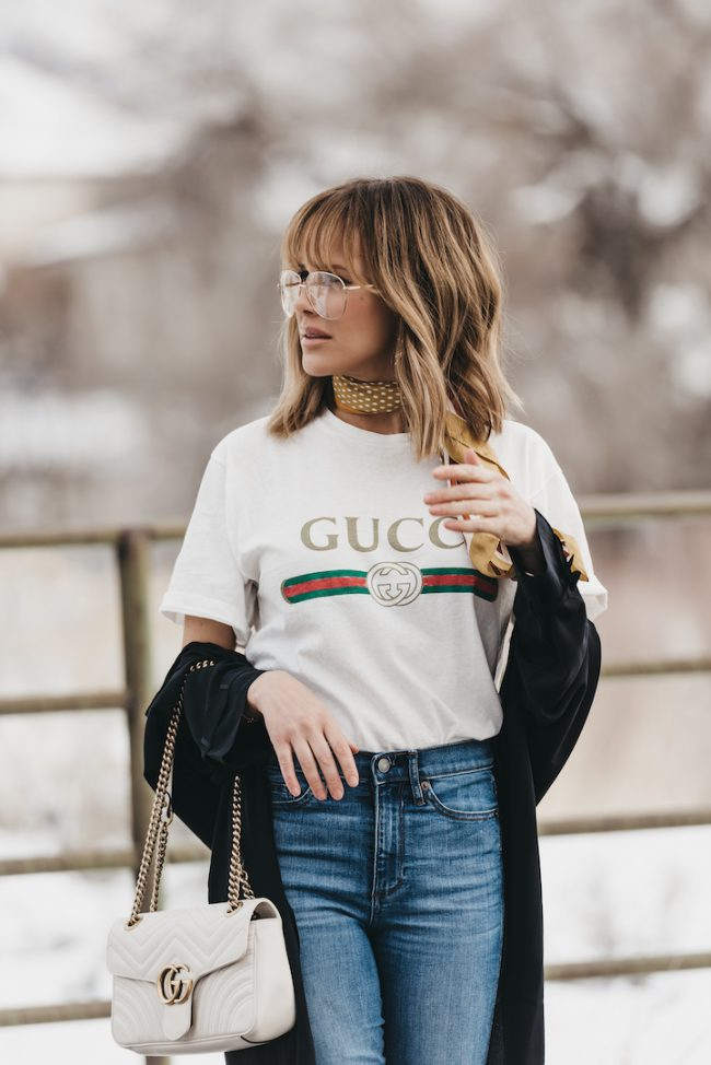 How to wear a vintage gucci logo t-shirt