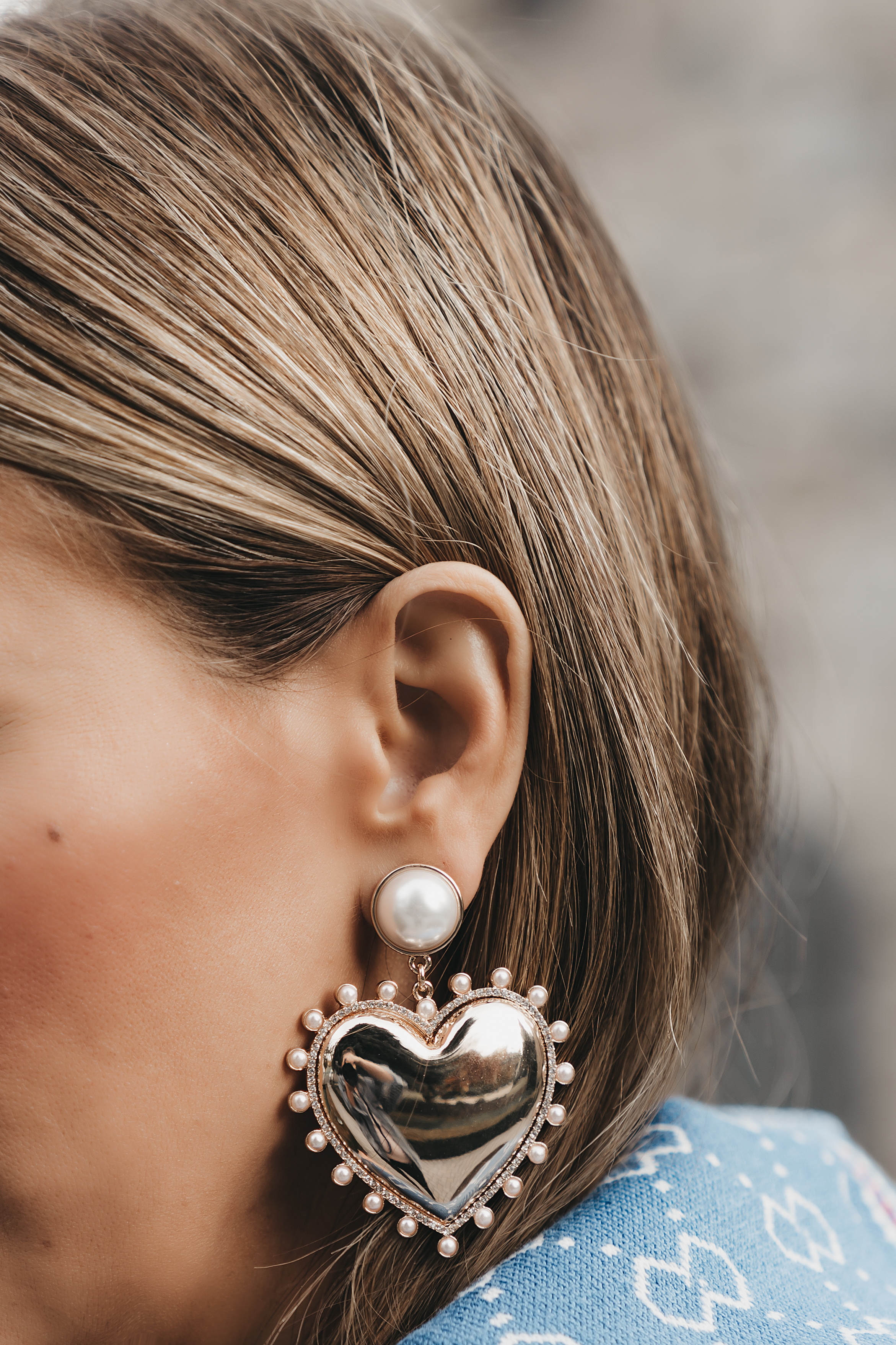 bauble-bar-large-heart-and-pearl-earrings • The Fashion Fuse